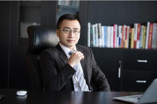 投哪网董事长吴显勇:合规先行 科技致胜下半场